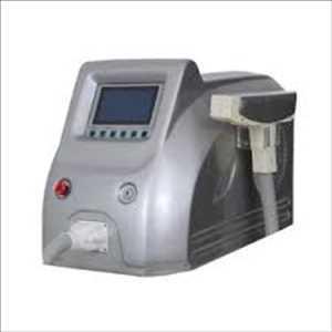 Machine de retrait de tatouage au laser